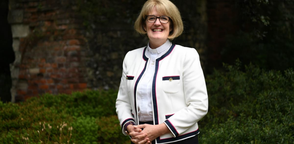 Welcome to the new Dean of St Albans – The Venerable Jo Kelly-Moore